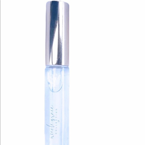 Nicole Grace Collection Clear lip gloss